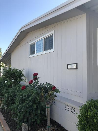 Camarillo Mobile Home Active Under Contract: 111 Rancho Adolfo Drive #109