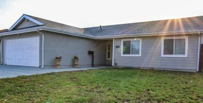 Oxnard Single Family Home Active Under Contract: 4624 Syracuse Drive