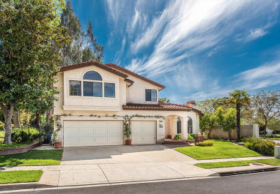 Simi Valley Single Family Home For Sale: 297 Shady Hills Court