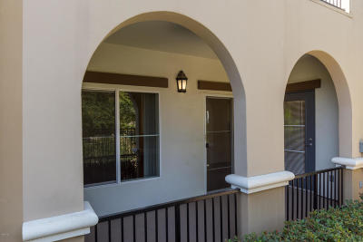 Simi Valley Condo/Townhouse Active Under Contract: 477 Country Club Drive #121