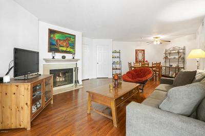 Oak Park Condo/Townhouse For Sale: 5805 Oak Bend Lane #312