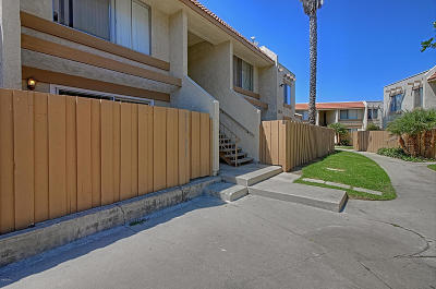 Port Hueneme Condo/Townhouse Active Under Contract: 2568 Bolker Drive