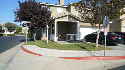 Oxnard Single Family Home For Sale: 716 Noontide Way