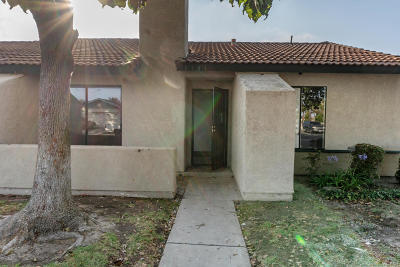 Oxnard Condo/Townhouse For Sale: 2501 S M Street
