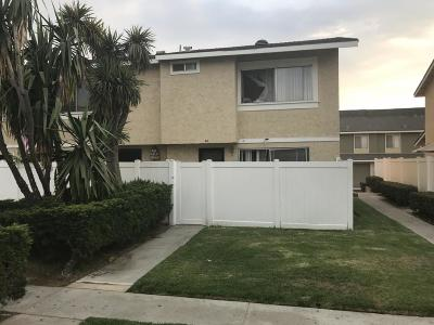 Santa Paula  Condo/Townhouse Active Under Contract: 43 Bahia Circle