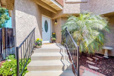 Moorpark Single Family Home Active Under Contract: 11803 Nightingale Street