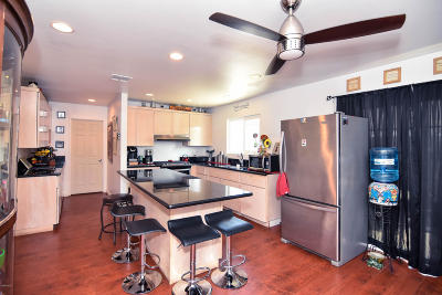 Fillmore Single Family Home For Sale: 724 B Street