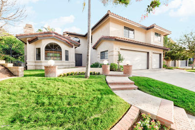 Simi Valley Single Family Home For Sale: 330 Golden Bear Court