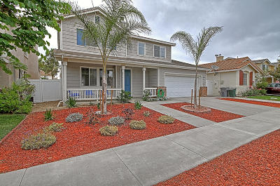 Oxnard Single Family Home For Sale: 1025 Pinata Drive