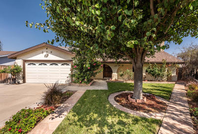Camarillo Single Family Home For Sale: 1585 Cipres Court