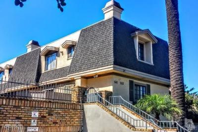 Oxnard Condo/Townhouse For Auction: 541 S E Street