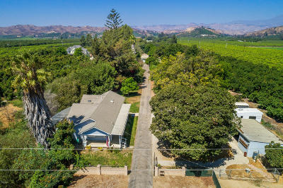 Santa Paula Multi Family Home For Sale: 14859 W Telegraph Road