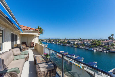 Oxnard Condo/Townhouse For Sale: 4216 Harbour Island Lane