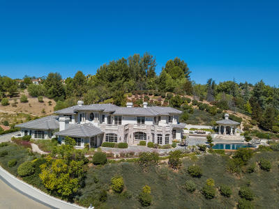 Westlake Village Single Family Home For Sale: 949 Brook Meadow Court