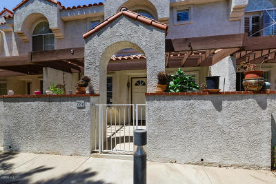 Camarillo Condo/Townhouse For Sale: 286 Camino Cortina