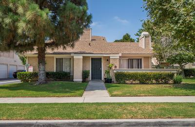 Oxnard Condo/Townhouse Active Under Contract: 5143 Jefferson Square