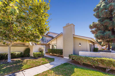 Oxnard Condo/Townhouse Active Under Contract: 5146 Jefferson Square