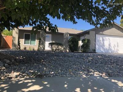 Single Family Home For Sale: 43215 Laurelwood Lane
