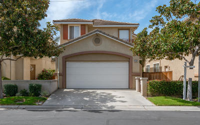 Oxnard Single Family Home Active Under Contract: 2107 Empresa Lane