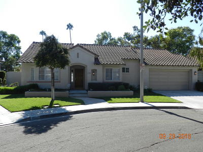 Santa Paula Single Family Home Active Under Contract: 1090 Corte Granada
