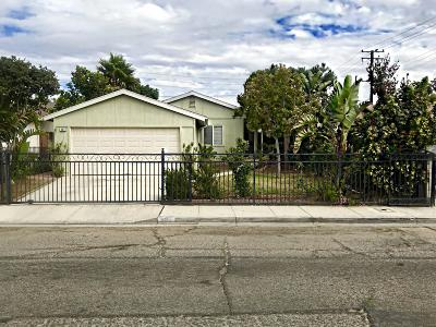 Santa Paula Single Family Home For Sale: 307 Sycamore Street