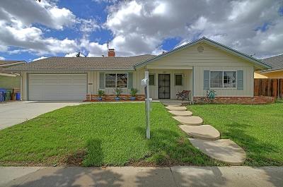 Camarillo Single Family Home Active Under Contract: 1069 Seybolt Avenue