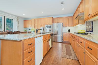 Newbury Park Single Family Home For Sale: 4818 Via Estrella