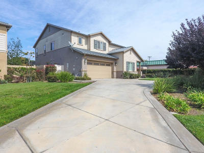 Port Hueneme Single Family Home For Sale: 813 Oceana Drive