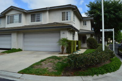 Oxnard Condo/Townhouse For Sale: 504 Niveo Lane