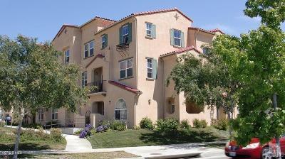 Oxnard Condo/Townhouse For Sale: 351 Riverpark Boulevard #302
