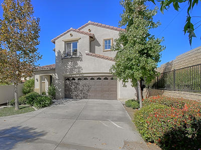 Newbury Park Single Family Home Active Under Contract: 3805 Cayman Court