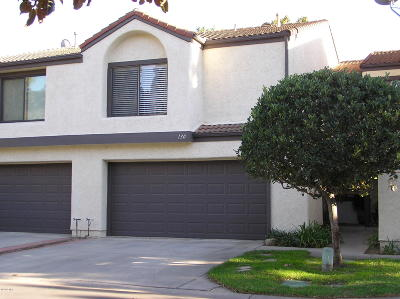 Santa Paula Condo/Townhouse For Sale: 130 Willow Lane