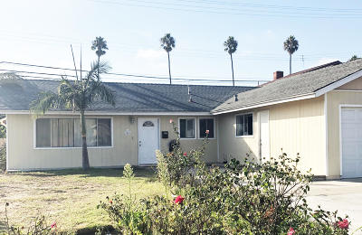 Single Family Home Active Under Contract: 3651 La Costa Place