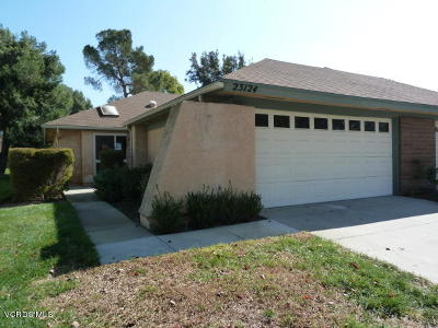 Camarillo Single Family Home For Sale: 23124 Village 23