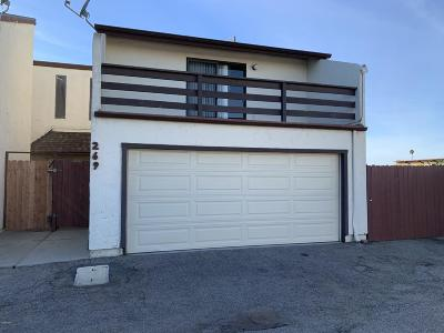 Oxnard CA Condo/Townhouse Active Under Contract: $325,000