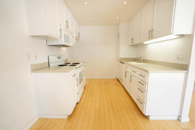 Thousand Oaks Condo/Townhouse For Sale: 1393 Ramona Drive
