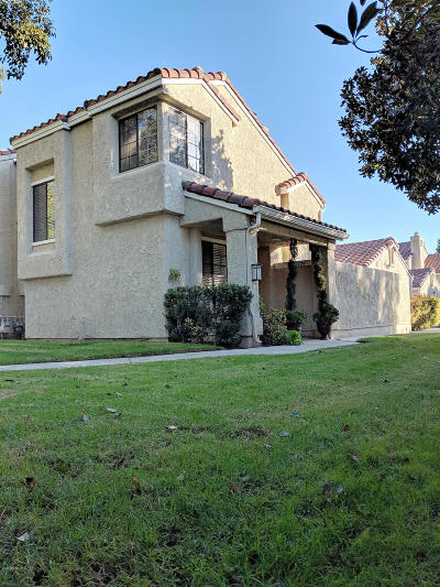 Camarillo Condo/Townhouse Active Under Contract: 2429 Calle Cita