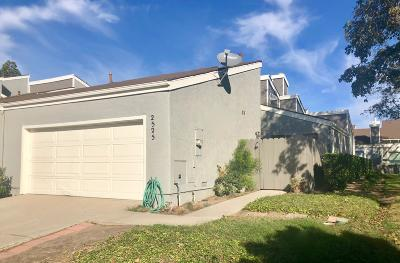 Port Hueneme Condo/Townhouse Active Under Contract: 2525 Dockson Place