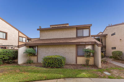 Oxnard Condo/Townhouse For Sale: 5232 Longfellow Way