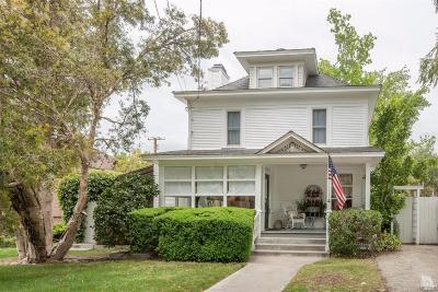 Santa Paula Single Family Home Active Under Contract: 707 E Santa Paula Street
