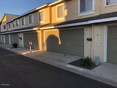 Santa Paula Condo/Townhouse For Sale: 83 Cabrillo Court
