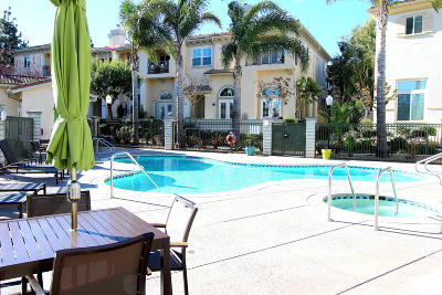 Condo/Townhouse For Sale: 1305 Bayside Circle