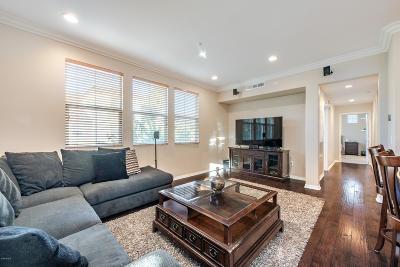Camarillo Condo/Townhouse For Sale: 242 Riverdale Court #816