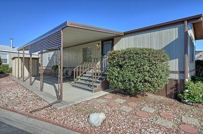 Ventura Mobile Home Active Under Contract: 67 Victor Herbert Drive