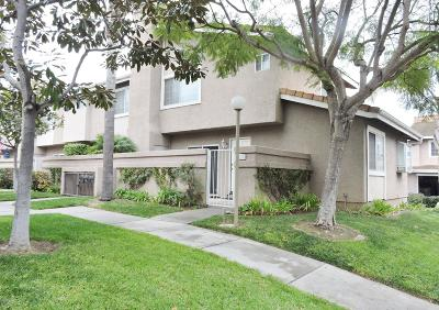 Oxnard Condo/Townhouse Active Under Contract: 5197 Columbus Place