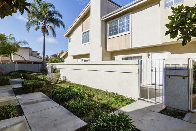Oxnard Condo/Townhouse For Sale: 5253 Columbus Place