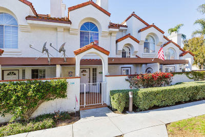 Camarillo Condo/Townhouse For Sale: 266 Camino Toluca