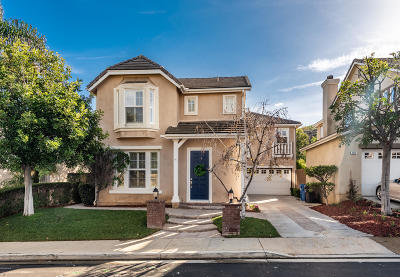 Simi Valley Single Family Home For Sale: 434 Arbor Court