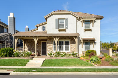 Camarillo Single Family Home For Sale: 3287 Buttercup Lane