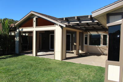 Santa Paula  Single Family Home Active Under Contract: 548 Foothill Road